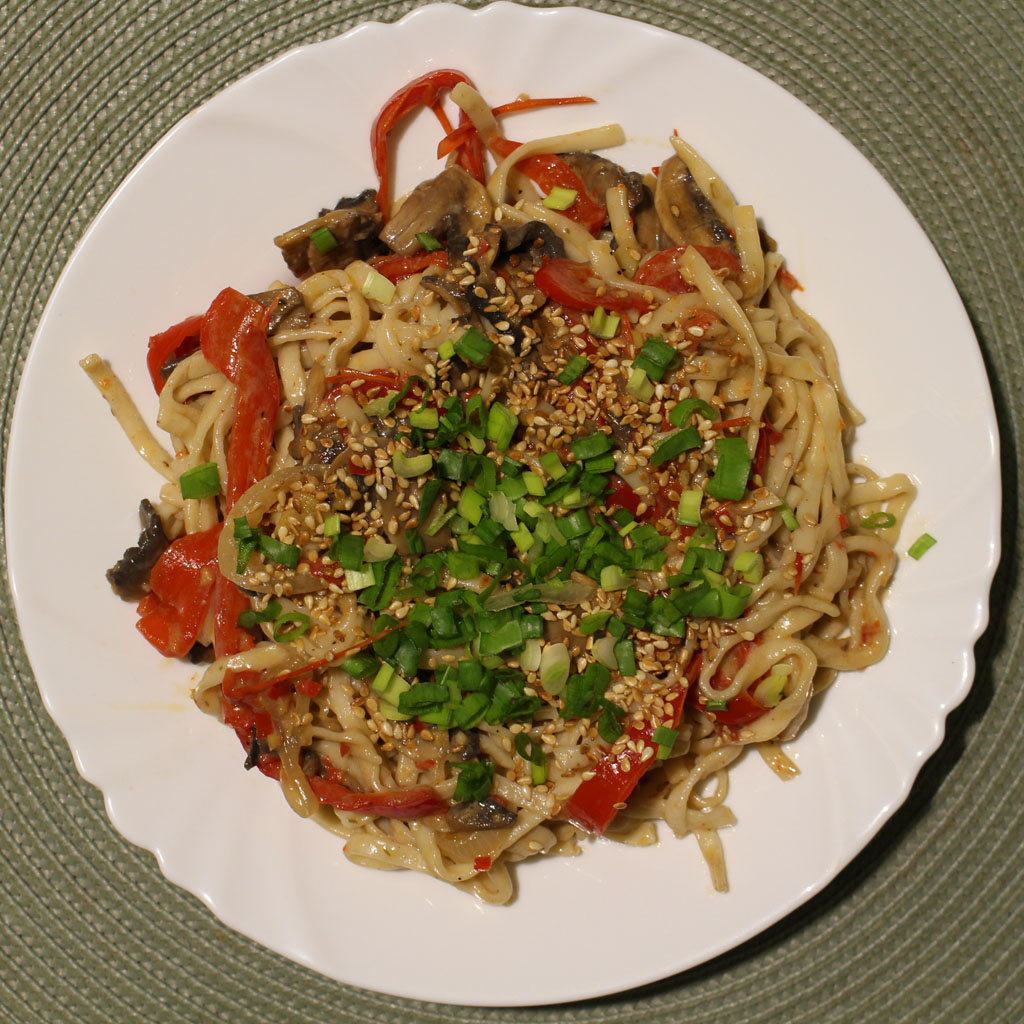 Spicy Noodles with Lemongrass